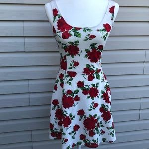 Divided H&M summer dress red flower stretchy Sz 6